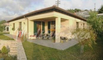 Rif. #136, Villa in prima collina