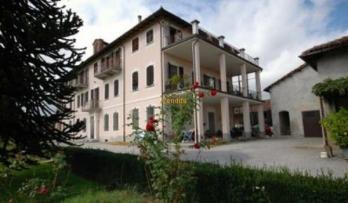 Rif. #906, Nel centro del paese di San Pietro del Gallo, Appartamento di 160 mq.