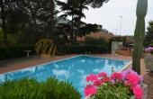 Rif. #172, In bel contesto con piscina grazioso Trilocale