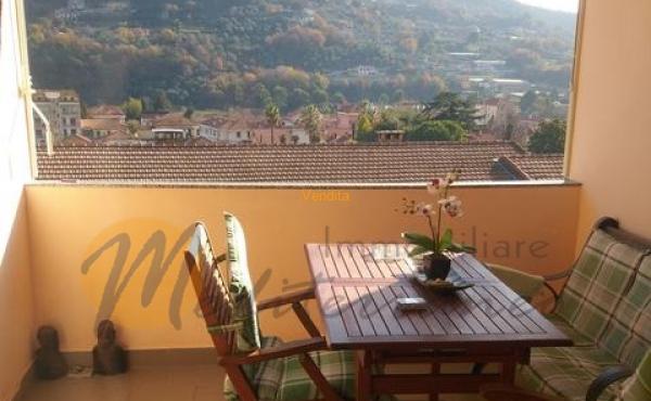 Appartamento residenziale in perfetto stato, in zona comoda ai servizi e tranquilla
