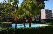 Rif. #R252, In bel contesto residenziale con piscina immersa nel verde, Trilocale molto luminoso, posto auto di proprietà e cantina.